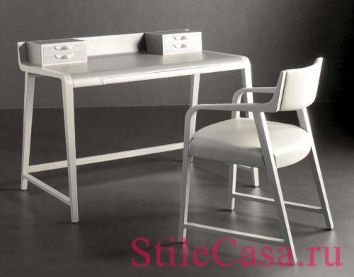 Дамский столик Linus, фабрика Potocco